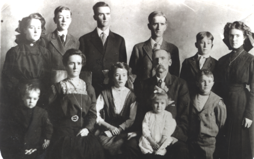 Heninger family abt 1912-13